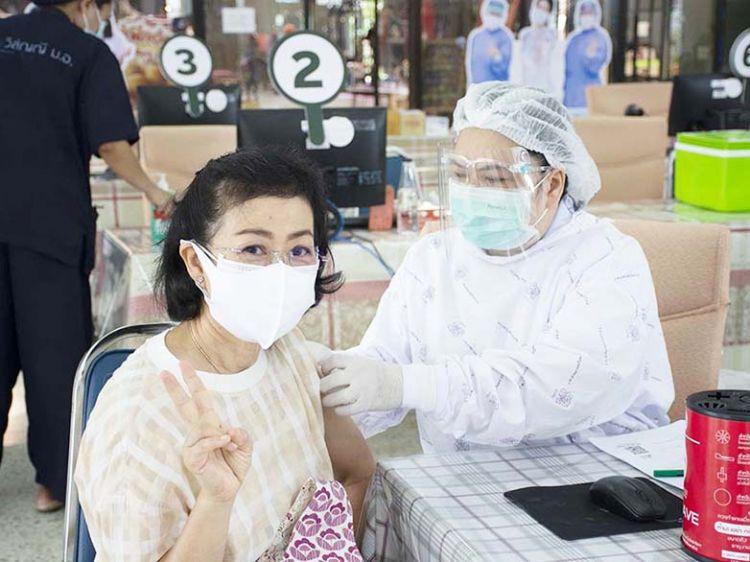ม.อ. เปิดฉีดวัคซีนโควิด-19 วันแรก พร้อมกันทั่วประเทศ!