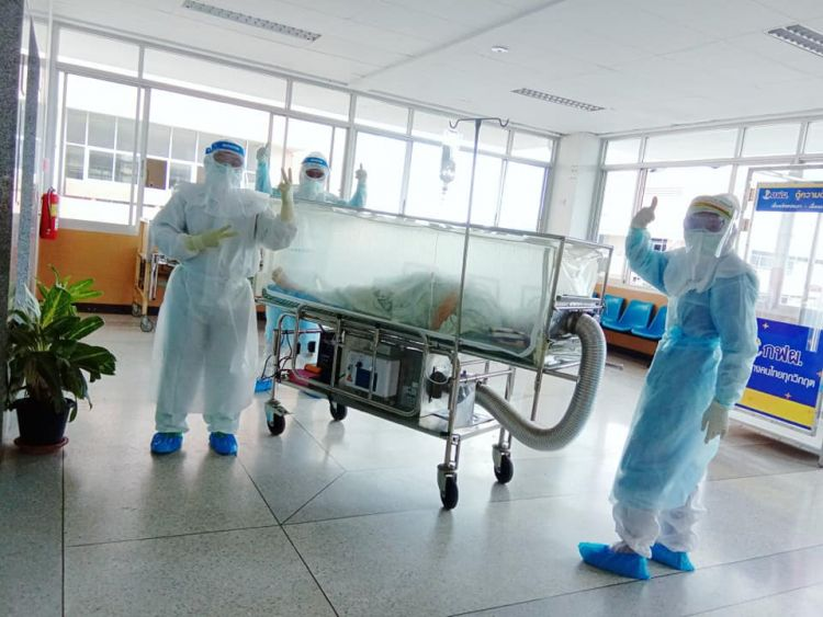 ผ่าตัดทำคลอดผู้ป่วยโควิด-19 สำเร็จ - รพ.กระบี่สร้างชื่อใช้ทีมถึง 15 คน