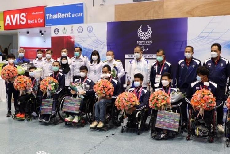 """ต้อนรับนักกีฬาพาราไทย กลับจากญี่ปุ่น เที่ยว""""ภูเก็ต  แซนด์บ็อกซ์"""""""